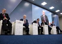 Мутко, Собянин и Мамут рассказывали, как в российских города станет на 30 процентов лучше, а Капков неожиданно наехал на Путина и Беглова