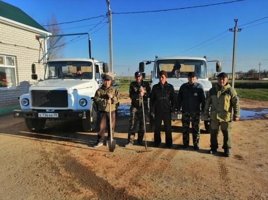 В Калмыкии прошел смотр боеготовности добровольных пожарных дружин