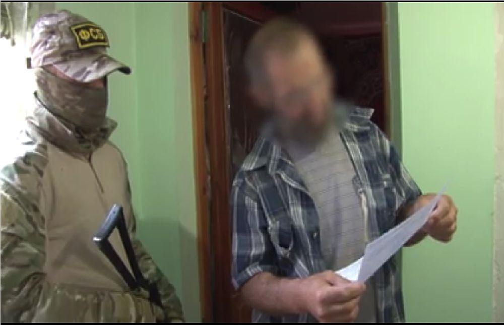 ФСБ показала, как обыскивали крымских хизбов*
