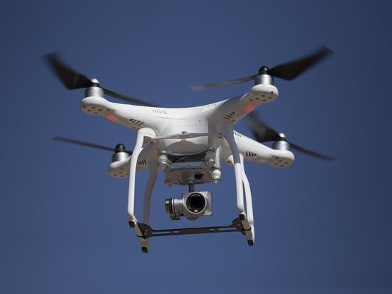 """В США изобрели квадрокоптер с """"искусственным интеллектом"""""""
