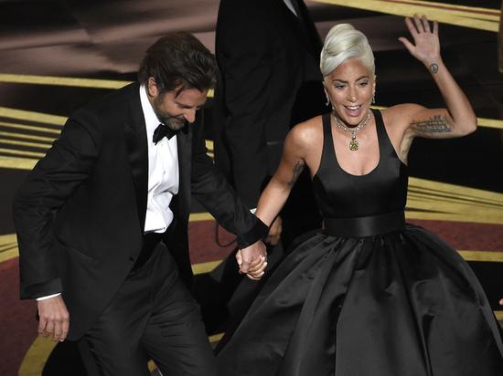 Леди Гага ответила на обвинения в расставании Купера и Шейк