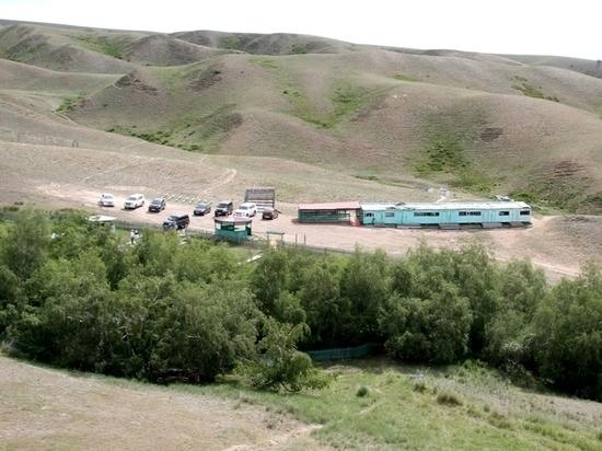 В Туве к началу курортного сезона начался ремонт бараков на аржаане Чурек-Доргун