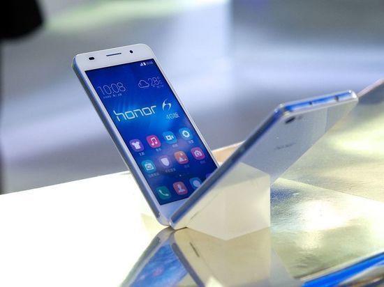 """Huawei планирует заменить Android на российскую ОС """"Аврора"""""""