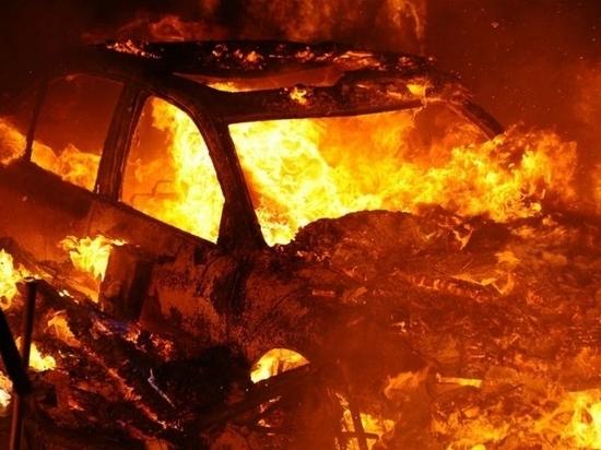 Полицейские Хабаровска задержали злоумышленника, спалившего автомобиль