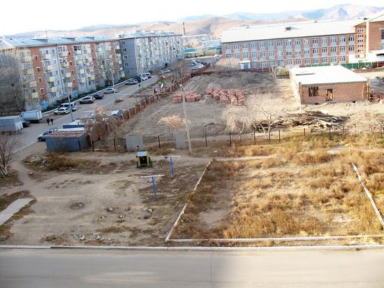 В Улан-Удэ земельный участок, оцененный в 27 млн. рублей, ушел иркутянам за 342 тысячи
