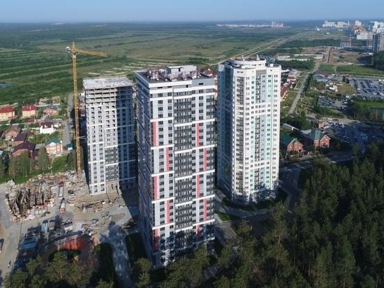 Woods закрылся забором: жители Екатеринбурга не могут поделить парк на УНЦ