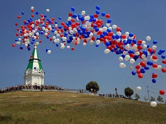 Ансамбли и фестиваль национальных видов спорта: завтра Красноярск празднует День России