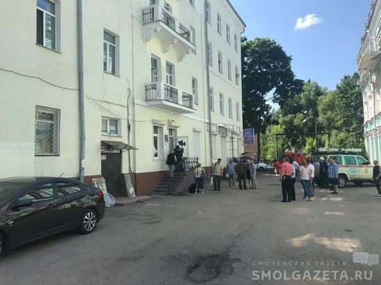 В центре Смоленска в жилом доме обвалилась потолочная балка