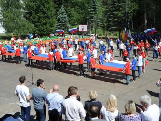 Дмитрий Миронов торжественно запустил проект «Артек Ярославии»