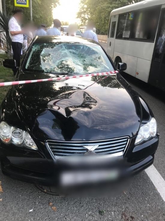 СУ СК: пьяный участковый в Сочи сбил двух девушек и скрылся
