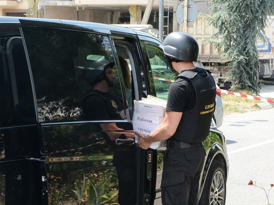 Администрация Сочи учинила демонтаж здания вблизи жилых домов с нарушениями техники безопасности