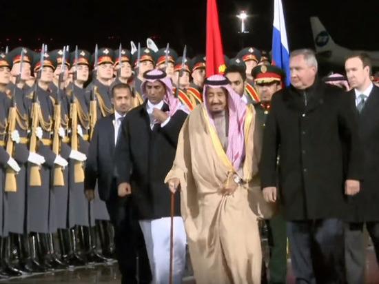 Короли Саудовской Аравии и Бахрейна поздравили Путина с Днем России