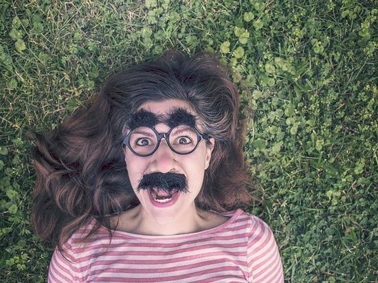 Женские усики: какие продукты провоцируют рост волос на лице у дам