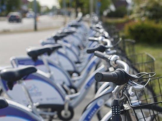 Кемеровчан просят помочь найти похитителя велосипеда