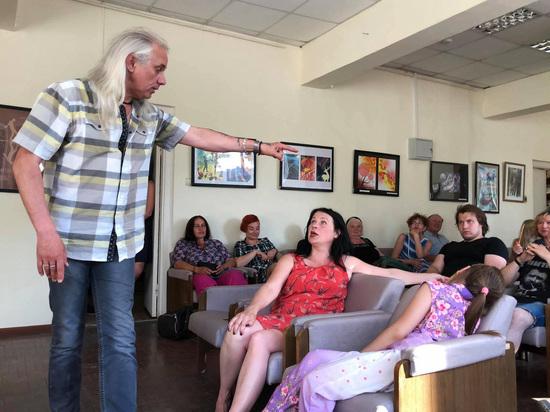 Псковский рок-поэт из Лисово лис выступил против «в Пыталове – пытать»