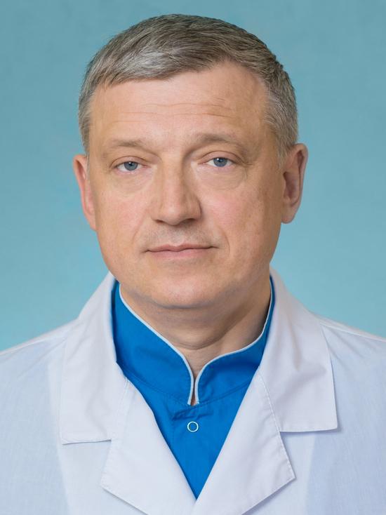 Руководство краевого кардиодиспансера: «Наших молодых врачей из операционной не выгонишь!»