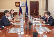 Дмитрий Артюхов обсудил сотрудничество ЯНАО с компанией Total