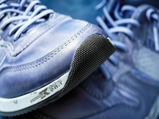 Вор в магазине Черкесска «обменял» старые кроссовки на новые