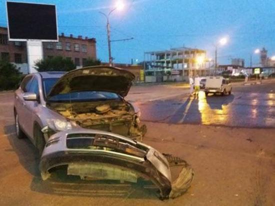 Минувшей ночью в Абакане произошло ДТП, в котором пострадали три человека