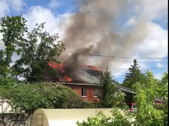 В Екатеринбурге загорелся частный детский сад