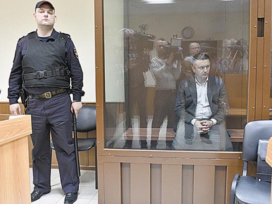 Обвиненному в убийстве любовницы главе Раменского района отменили меру пресечения