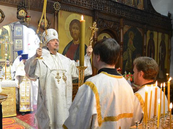 В мурманском храме почтили память погибших в Шереметьево
