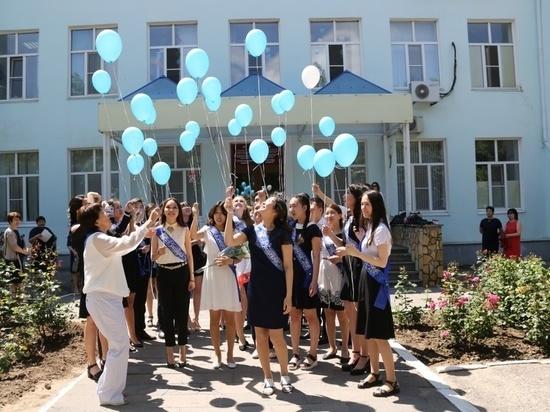 Ряд калмыцких школ подтвердил статус элитных учреждений