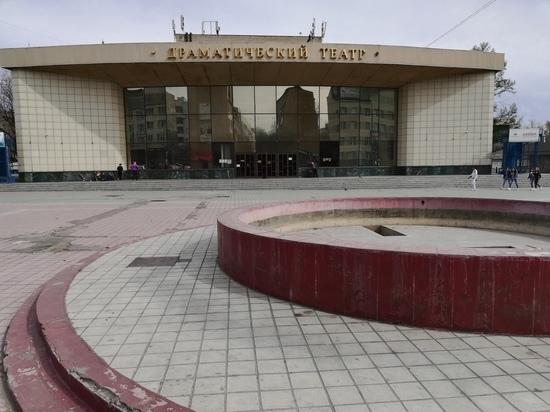 Заливать фундамент пристройки к драмтеатру начали в Чите
