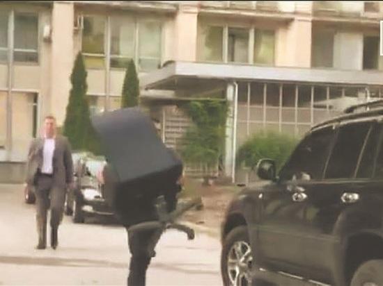 Плахотнюк эвакуировался: как посол США поменял власть в Молдавии