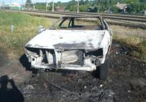 В Смоленске рано утром горела иномарка