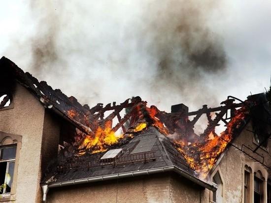 В Советске во время ночного пожара эвакуировали жителей дома