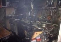 В Оренбурге из пламени пожара в пятиэтажке спасены девять человек