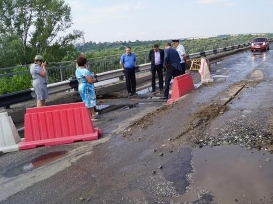Жительница Чувашии попросила Игоря Комарова помочь с ремонтом моста