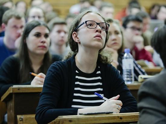 Студентов научат работать: практических занятий станет больше