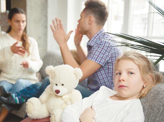 Соперницы собственных матерей: неоднозначные признания о поведении падчериц