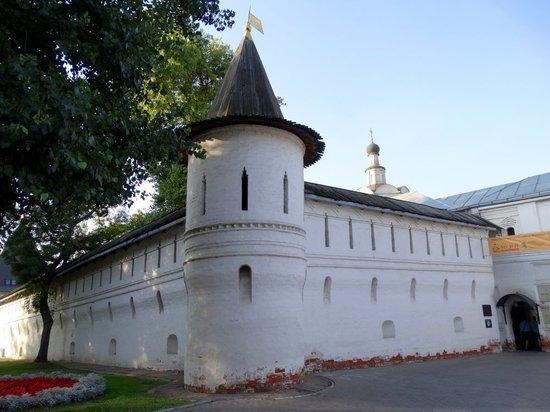 РПЦ выселяет музей Андрея Рублева из монастыря