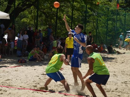 Ставропольские гандболисты триумфально вернулись в «пляжку»