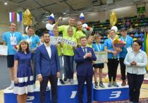 Самая спортивная семья Хабаровска получила автомобиль