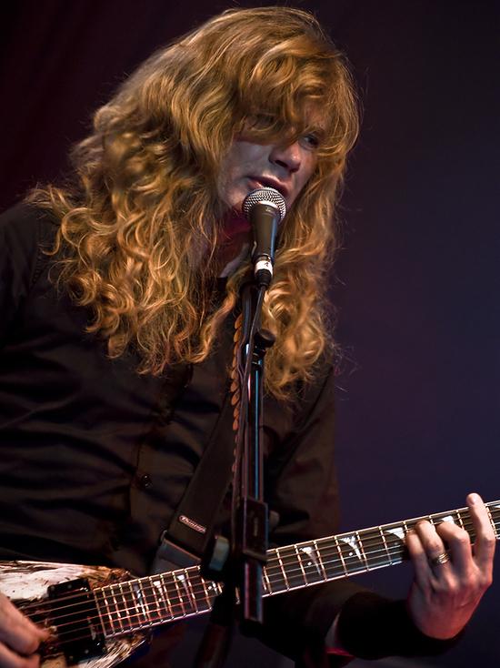 Медики диагностировали рак горла у фронтмена Megadeth Дэйва Мастейна