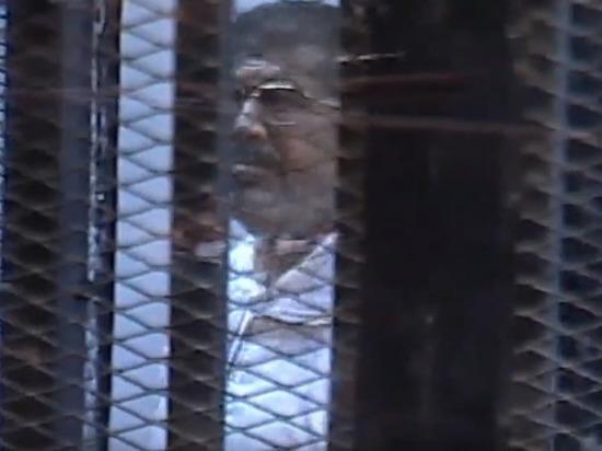 СМИ назвали причину смерти Мухаммеда Мурси в суде