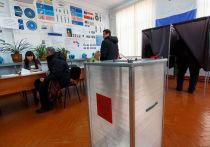 Исполняющий обязанности руководителя администрации Улан-Удэ Игорь Шутенков первым подал документы в городскую избирательную комиссию для регистрации в качестве кандидата в мэры столицы Бурятии