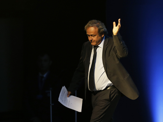 Причиной ареста Мишеля Платини назвали охоту на Николя Саркози