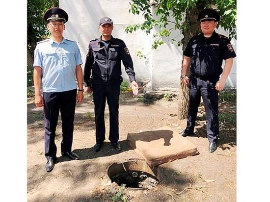 В Улан-Удэ ищут виновных падения 5-летнего ребенка в открытый колодец