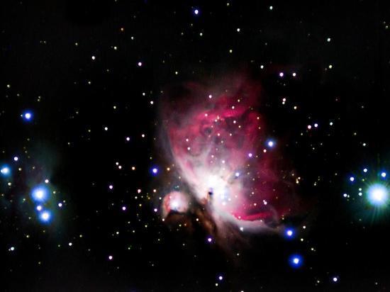 Телескопы ALMA и «Хаббл» зафиксировали древнейшее слияние галактик