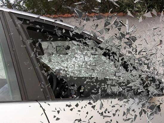 В Казани в опрокинувшемся авто пострадала женщина-пассажир