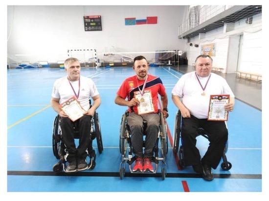 Серпуховичи завоевали семь наград на соревнованиях по бадминтону