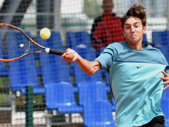 Теннисисты-юниоры из Сочи привезли с первенства России «золото» и две «бронзы»