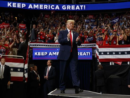 Эксперт назвал условия переизбрания Трампа президентом США