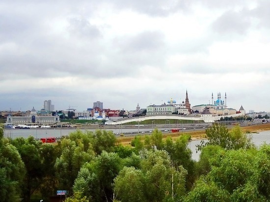 В Казани за прогулку на крыше авто парни заплатят большие штрафы