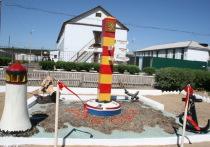 В колонии строгого режима Бурятии открылся верстовой столб с маяком